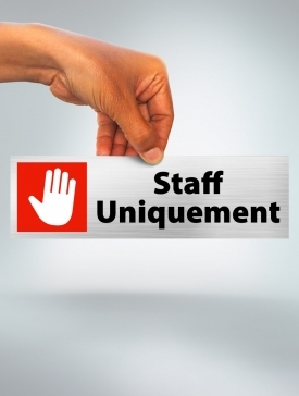 Plaque Staff Uniquement